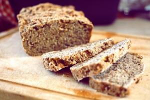 Mehrkorn Zwiebel Brot