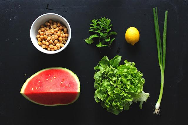 Kichererbsen-Melonen-Minze Salat