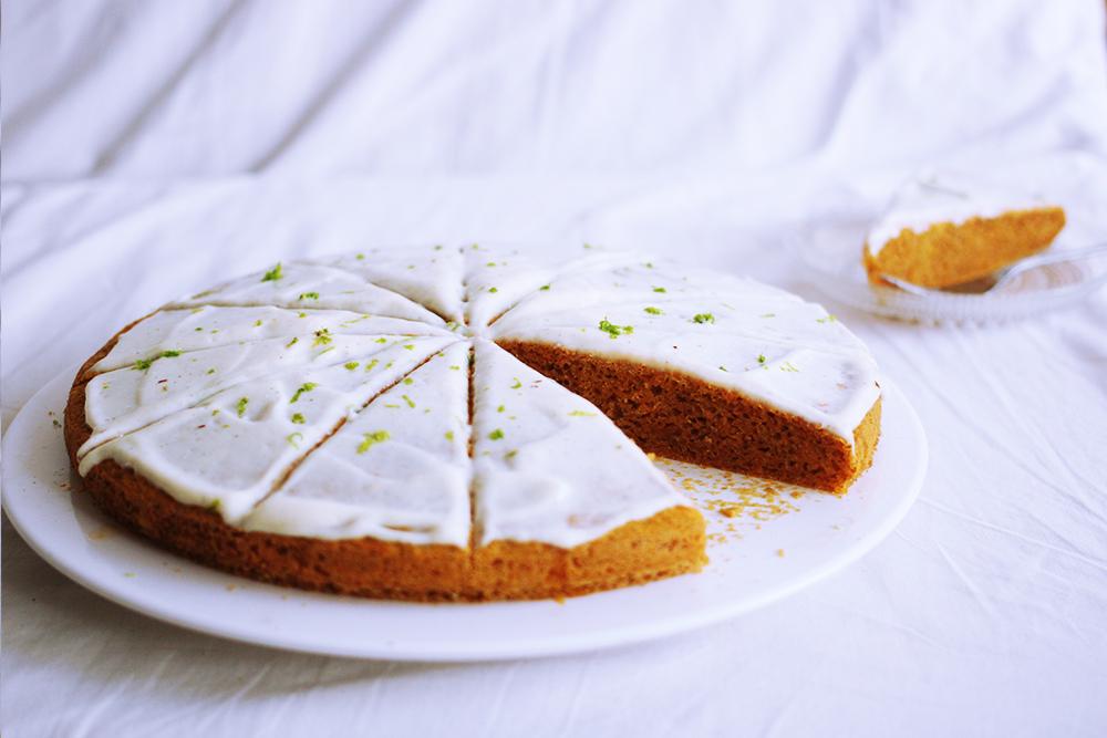 saftiger Karotten Limetten Kuchen