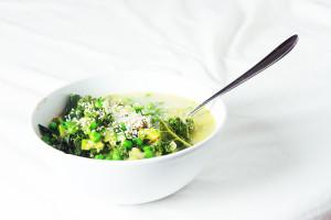 schnelle, grüne Kokossuppe
