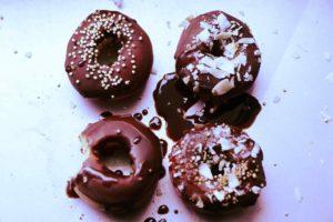 Doughnuts aus Pfirsichen